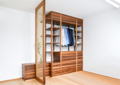 Wardrobe in nut