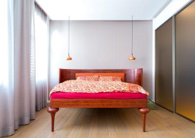 schlafraum-doppelbett-001