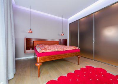 schlafraum-doppelbett-002